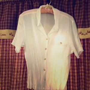 Jaclyn Smith white top